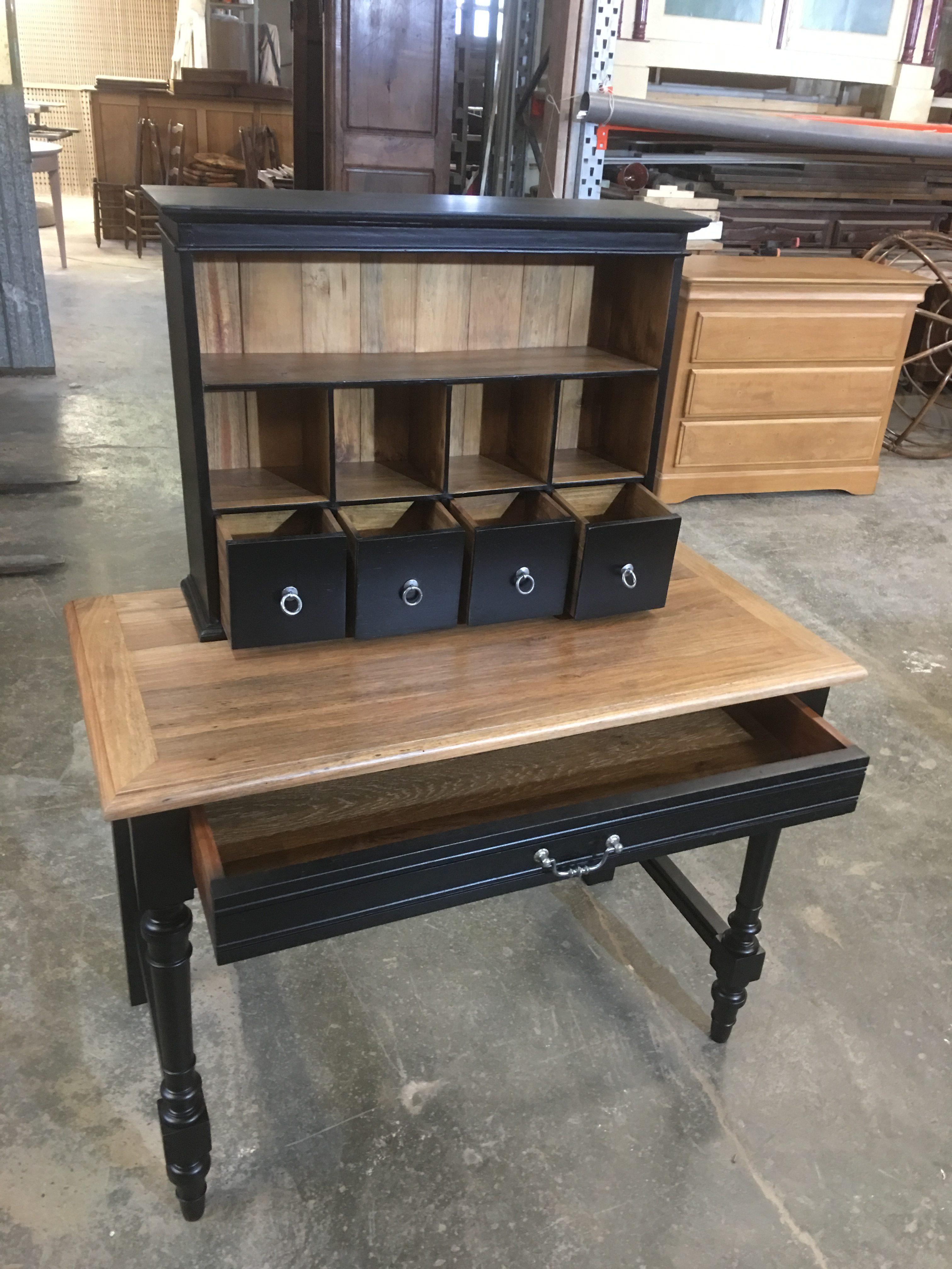 table avec rajout haut finition laque noire et vernis naturel