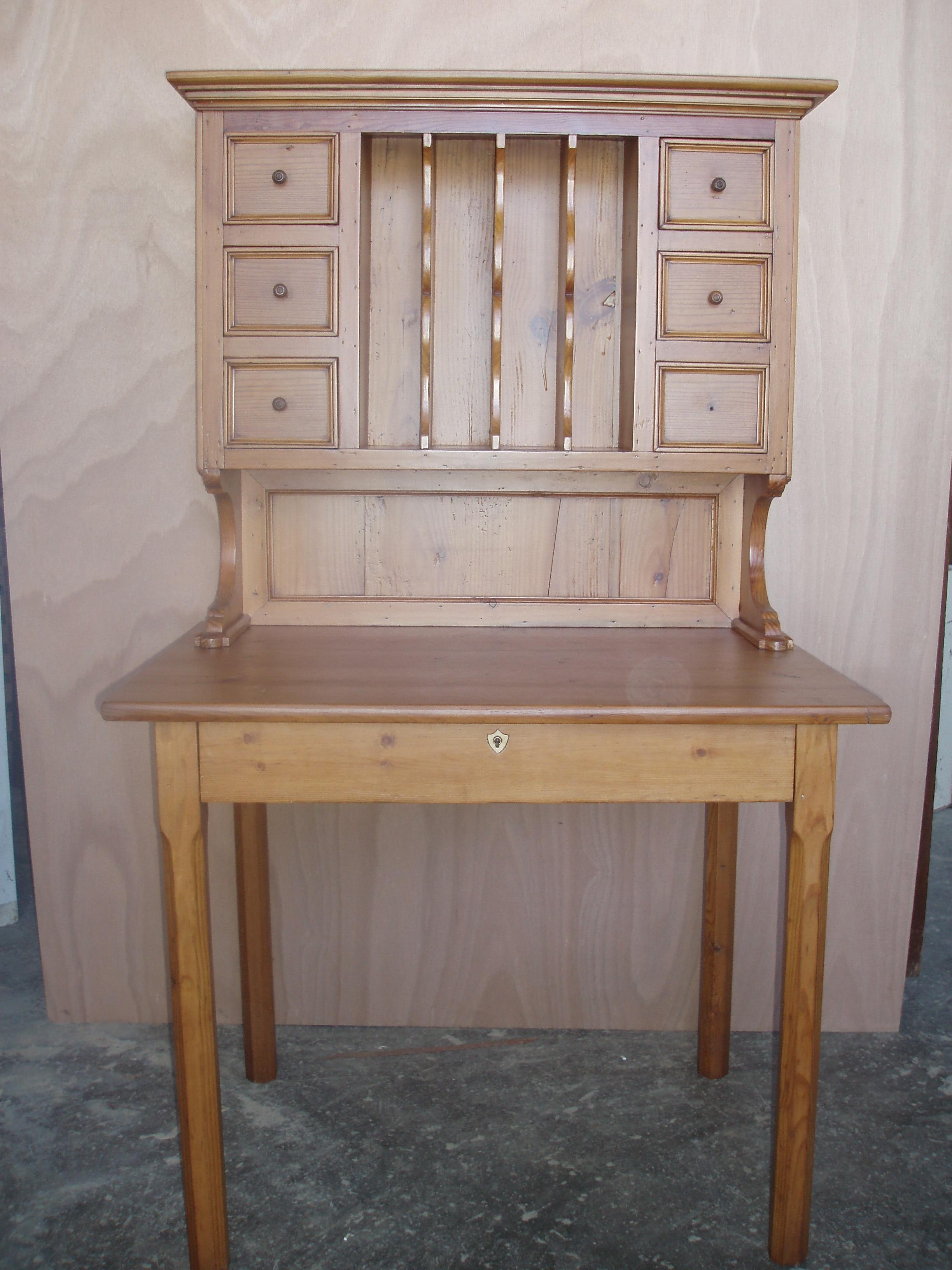 table à écrire bois exotique rangement haut finition clair