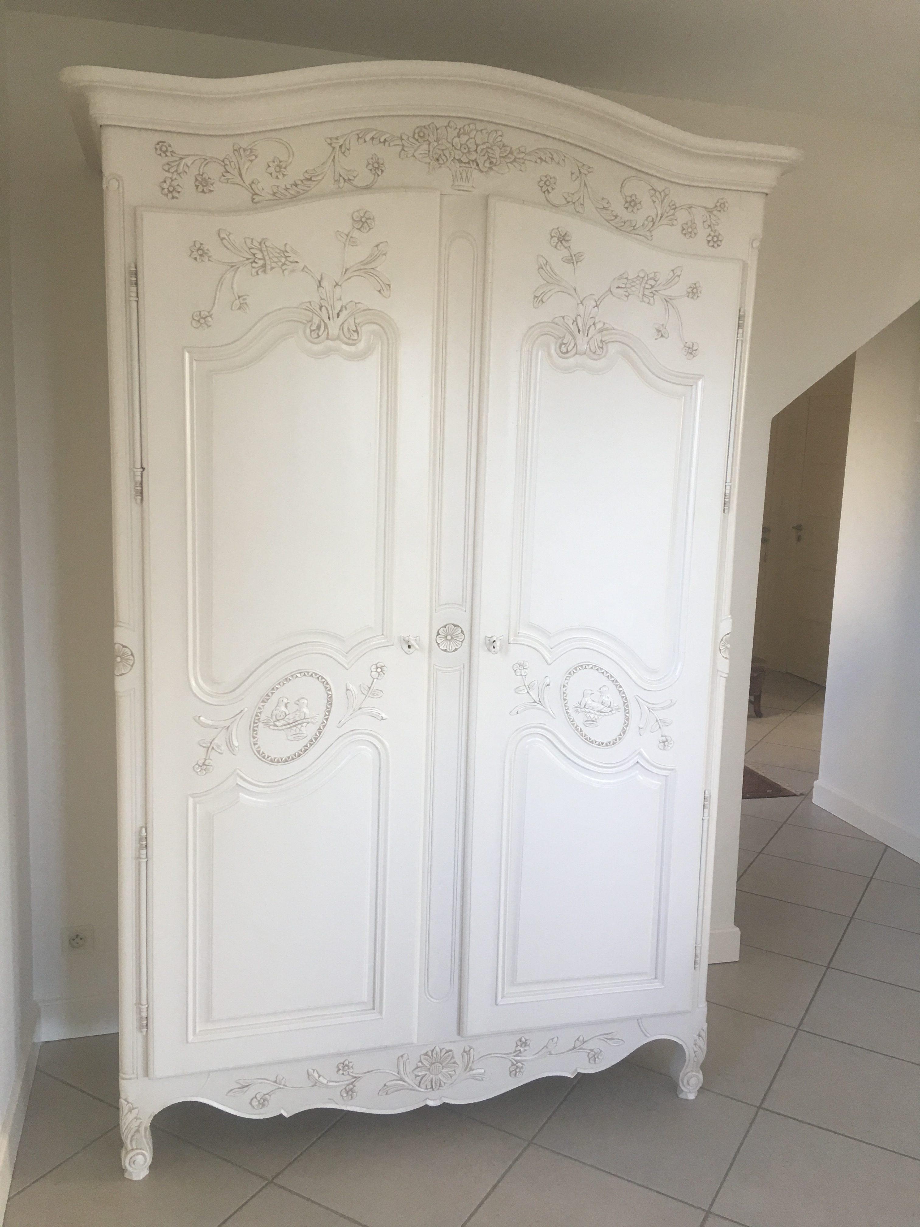 armoire merisier 2 portes laque ivoire clair