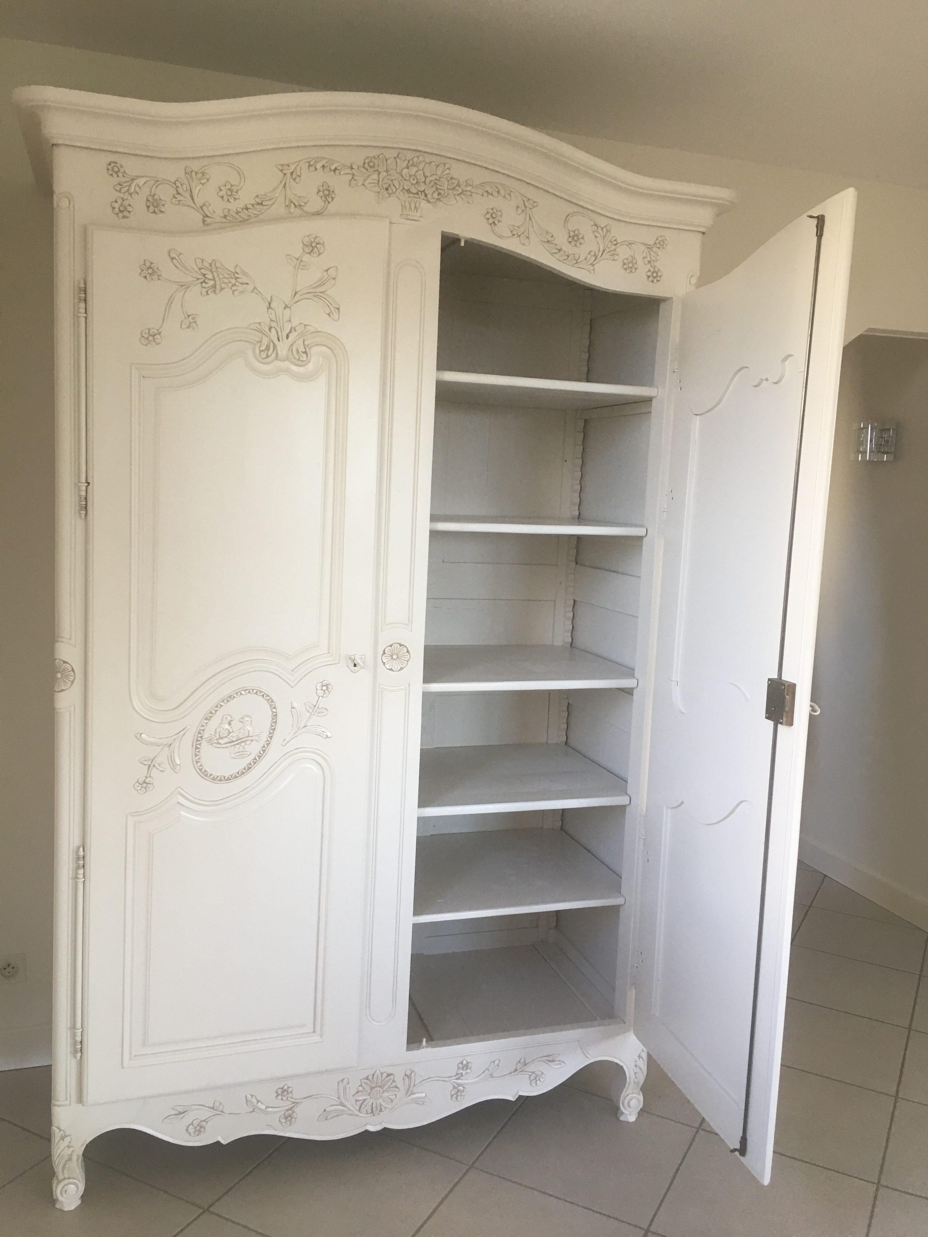 zoom  intérieur armoire merisier 2 portes laque ivoire clair