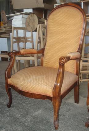 fauteuil voltaire hêtre teinté chêne moyen