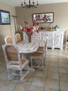 salle à manger merisier laquée blanc, essuyée